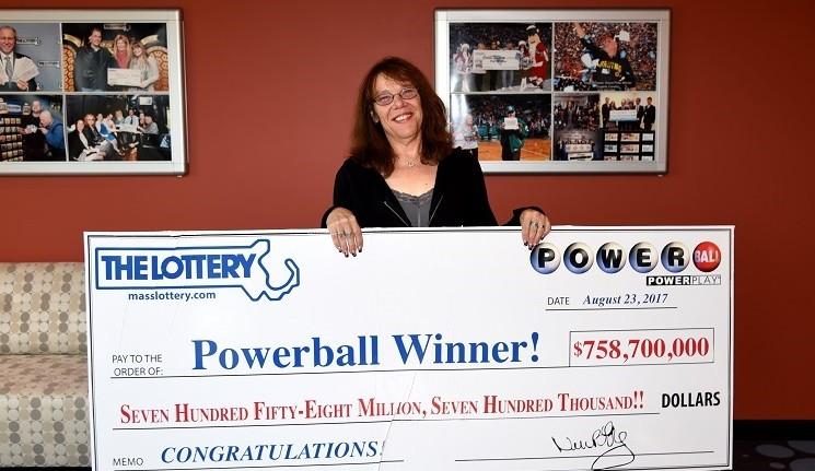 Mavis Wanczyk Powerball jackpot winner